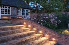 treppe auãÿen 25 ideen für treppenbeleuchtung außen
