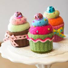 sweet cupcake ornament made with felt