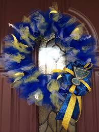 92 best sports wreaths images on sports wreaths
