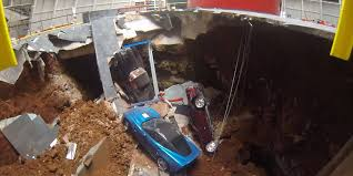 corvette museum collapse sinkhole swallows 8 cars at national corvette museum