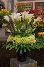 wedding flowers arrangements arrange wedding flowers wedding corners