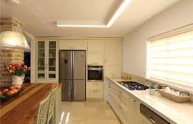 Brizo Tresa Kitchen Faucet מטבחים יוקרתיים זאוס מטבחי עץ יוקרתיים Kitchens Pinterest