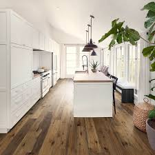 oak kitchen cabinets with oak flooring hardwood floors in the kitchen yes 1 kitchen 6 wood floors