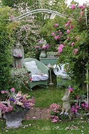Cottage Garden Book by 12 Outdoor Reading Nooks That Will Remind You Of U0027the Secret