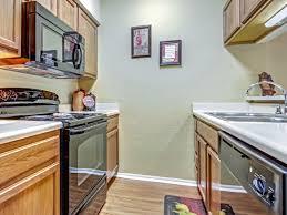 woodland oaks apartment homes rentals tulsa ok apartments com