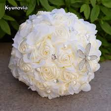 theme wedding bouquets kyunovia ivory theme bridal bouquets starfish pearl