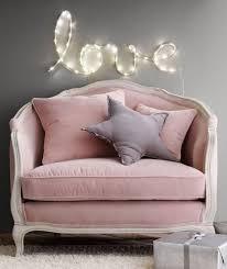 canap pale déco salon couleur poudré canapé baroque en velours