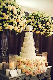 Wedding Cake Table Fabulous Wedding Cake Table Ideas Using Flowers Belle The Magazine