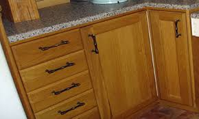 where to place handles on kitchen cabinets monsterlune