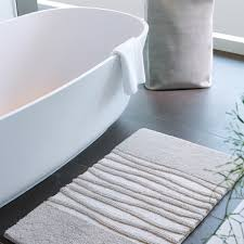 Silver Bath Rugs Buy Aquanova Morgan Bath Mat Silver Grey Amara