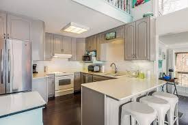 how to install peninsula kitchen cabinets kitchen island vs peninsula comparison difference