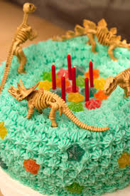 bentley car cake cakecentral com 14 best dinosaur cakes images on pinterest cakes events and candies