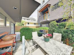 2br w balcony patio u0026 bbq walk to alki vrbo