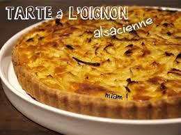 recettes cuisine alsacienne traditionnelle tarte à l oignon alsacienne la recette traditionnelle plus