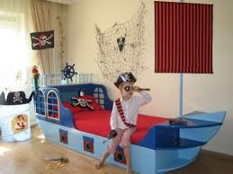 chambre bateau pirate 2960 0 jpg