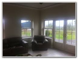 Curtains In Sunroom Blinds Or Curtains For Sunroom Sunrooms Home Decorating Ideas