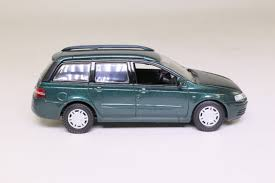 green station wagon norev 71032 fiat stilo station wagon metallic green 1 43