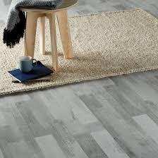 Grey Wood Effect Laminate Flooring Rockhampton Grey Oak Effect Laminate Flooring 2 467 M Pack