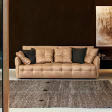 canap contemporain poltrona frau canapé contemporain en cuir 3 places 2 places duvet