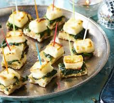 simple vegetarian canapes naan spinach halloumi bites recipe food