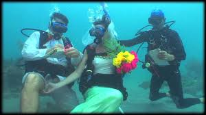 underwater wedding underwater wedding in grenada with dive grenada hd 2013