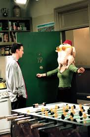 kissing family thanksgiving the 13 best thanksgiving special episodes ever on tv teen vogue