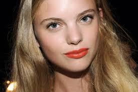 Dark Hair Light Skin Red Lipstick For Fair Skin Dark Hair Medium Hair Styles Ideas