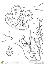 Dessin à colorier de brins de muguet pour le 1er mai et dun papillon
