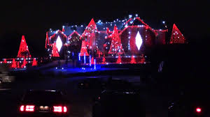 christmas decorations light show winner of abc s the great christmas light fight world s best led