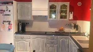 cuisine repeinte en noir renover cuisine en chene pretentious design cuisine chene