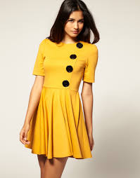 how yellow dress for bridesmaid is very much attractive