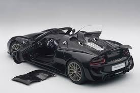 black porsche 918 autoart porsche 918 spyder weissach package black diecastsociety com