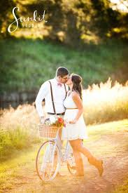 Engagement Photo Props 157 Best Engagement Photo Inspiration Images On Pinterest