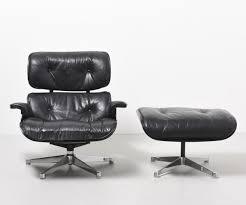 Herman Miller Leather Chair Lounge Chair Ottoman From The Fifties Designed By Charles U0026 Ray