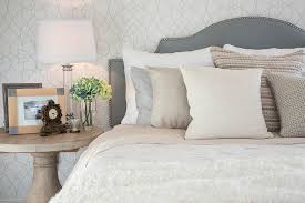 decorate your bedroom to improve your mood