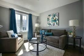 salon canapé gris design interieur peinture salon murs gris canapé gris accents bleus