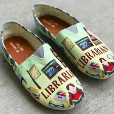 womens shoes tagged womens big womens casual shoes tagged librarian groove bags