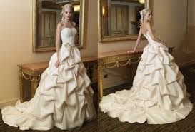 rental wedding dresses easy wedding dress rental chicago wedding ideas