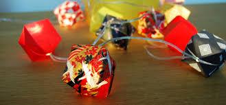 guirlande lumineuse papier japonais sarigami bijoux origami décoration origami en et en papier