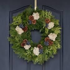 fresh christmas wreaths blueberry christmas wreath from maine variegated wreath