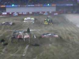 monster truck show tacoma dome tacoma dome monster jam 2009 grave digger freestyle youtube