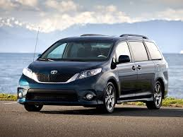 2010 minivan toyota will recall 744000 sienna minivans to fix potential issue