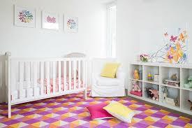 tapis pour chambre enfant tapis pour chambre d enfant une touche d originalité et de couleur