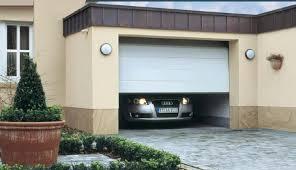 puertas de cocheras automaticas precausiones de seguridad con la puerta autom磧tica garage