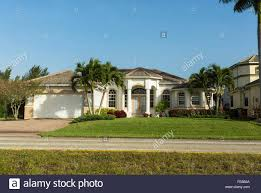 southwest house typical southwest florida concrete block and stucco home in the
