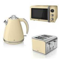 Delonghi Vintage Cream Toaster Buy Delonghi Vintage Cream Toaster From The Next Uk Online Shop