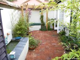 Ideas For Small Garden by Classic Courtyards Southern Living Image Of Contemporary