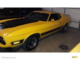 Black Mustang Mach 1 1973 Medium Bright Yellow Ford Mustang Mach 1 Fastback 100465884