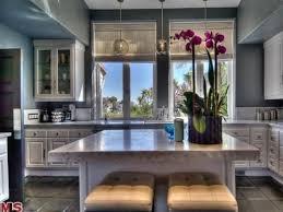 sims kitchen ideas 129 best celebrity kitchens images on pinterest kitchens