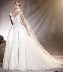 fotos vestidos de madrinas novia vestidos de novia pronovias colección de nueva temporada